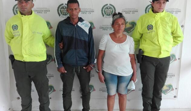 La madre de la menor junto a su jefe, ambos capturados.