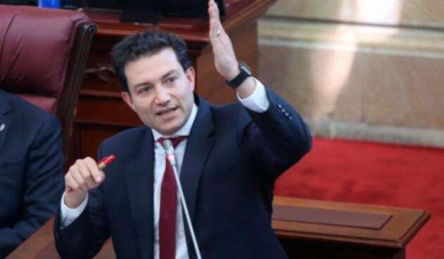 Carlos Felipe Córdoba Larrarte en el Congreso de la República, en Bogotá
