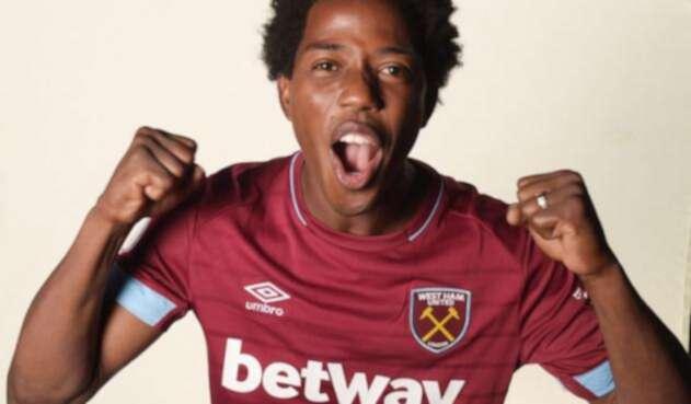El colombiano Carlos Sánchez se convirtió en el nuevo jugador del West Ham