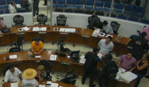 Los concejales fueron detenidos cuando se encontraban sesionando.