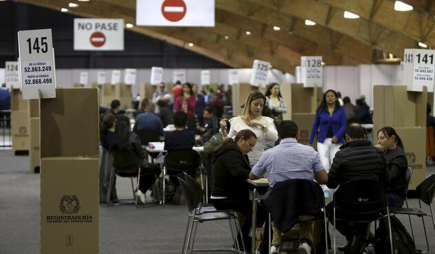 Votaciones de la consulta anticorrupción en Corferias