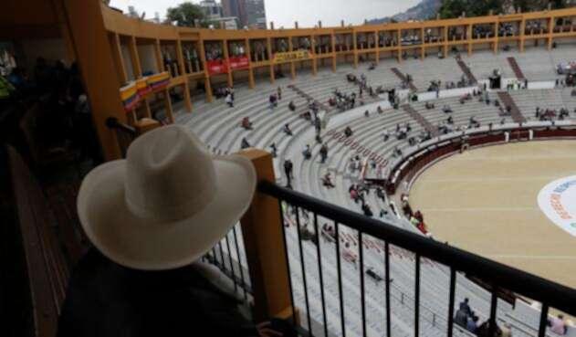 Espectadores en la Plaza de Toros de la Santamaría