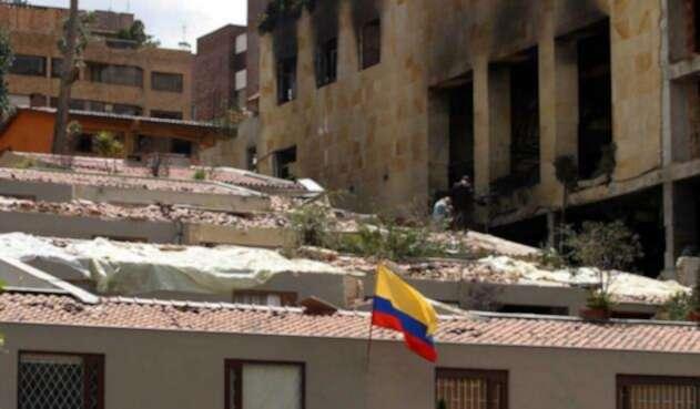 Fachada del club El Nogal tras el atentado