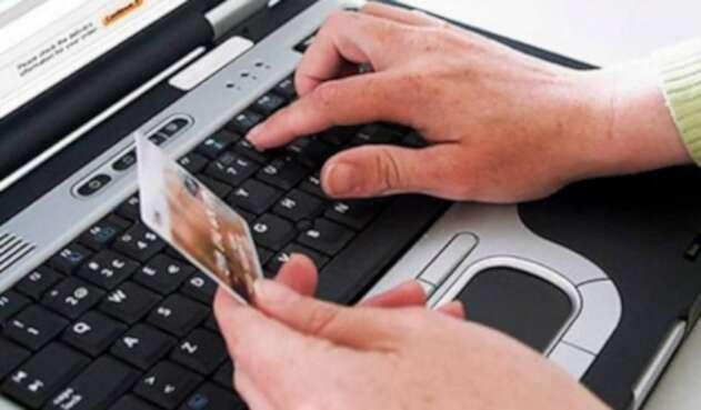 Más de 400 grandes contribuyentes no han implementado la factura electrónica