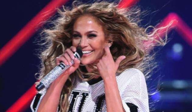 Jennifer Lopez sorprendió a todos con su escultural figura.