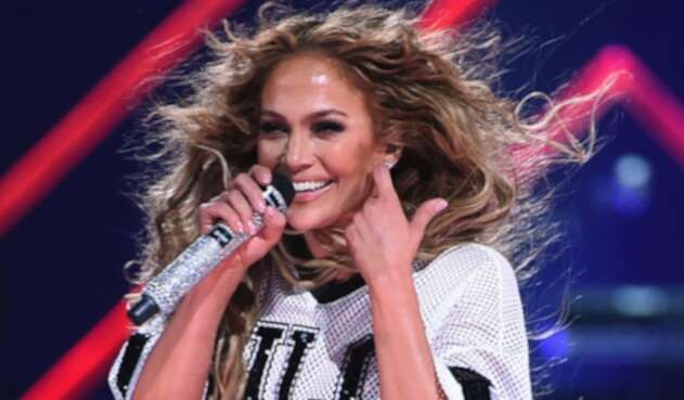 Jennifer Lopez sorprendió a todos con la nueva faceta de su escultural figura.