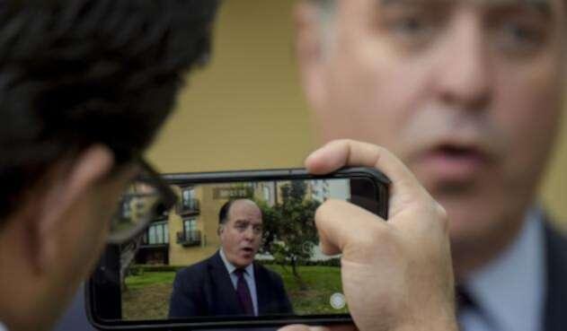 Julio Borges, pedido en extradición por Venezuela