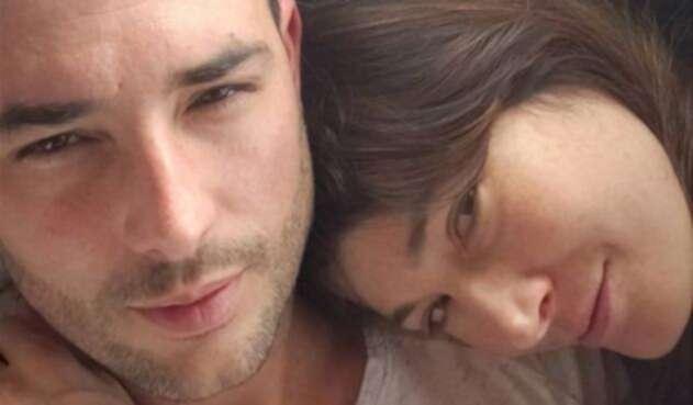 Kathy Sáenz y Sebastián Martínez