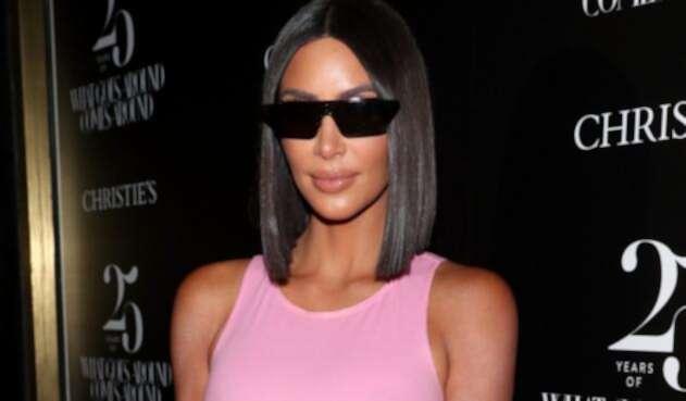 Kim Kardashian causa polémica con un aterrador collar