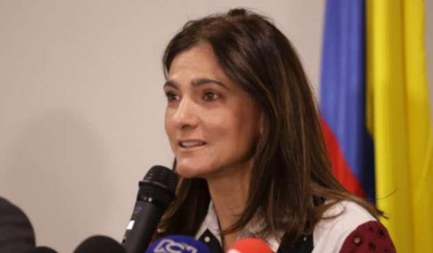 Ministra de Transporte Ángela María Orozco