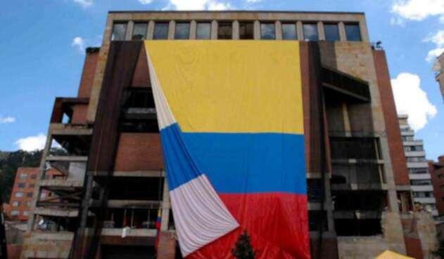 El Club El Nogal, en Bogotá, el 8 de febrero de 2003, un día después del atentado
