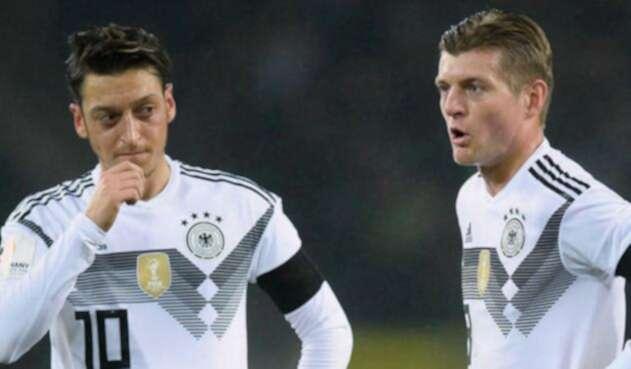 Toni Kroos lanzó críticas hacia Özil