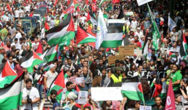 Protesta de ciudadanos palestinos.