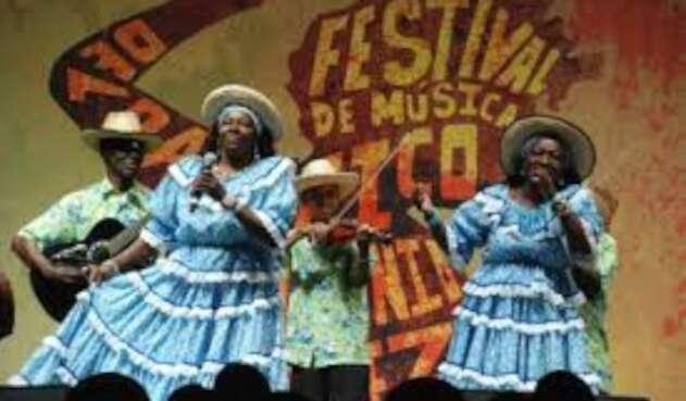 Durante cinco días propios y turistas disfrutaran de la música, la gastronomía y la moda del pacífico colombiano