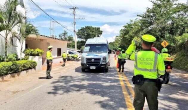 La Policía de Tránsito ejerciendo control en las carreteras del país