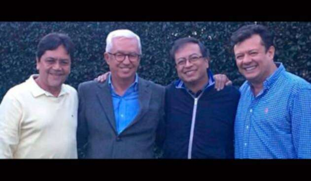 Álvaro Argote, Jorge Robledo, Gustavo Petro y Hollman Morris