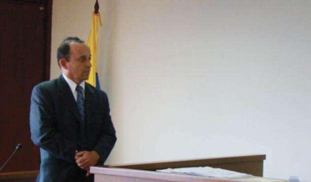 Santiago Uribe es acusado de conformar y financiar al grupo paramilitar 'Los 12 Apóstoles'.