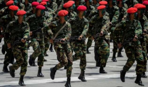 Soldados de la guardia Venezolana