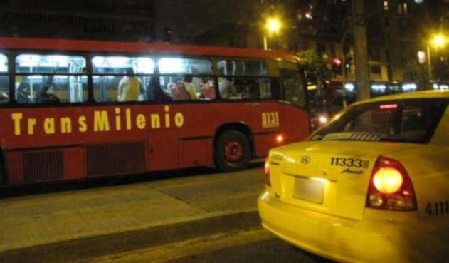 Taxi de noche en Bogotá