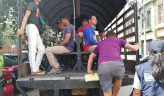 Personero de Bucaramanga denunció utilización de transporte ilegal para trasladar a venezolanos.