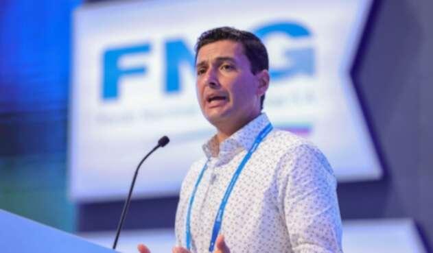 Jorge Castaño, Superintendente financiero de Colombia anuncia modificaciones para el sistema bancario.