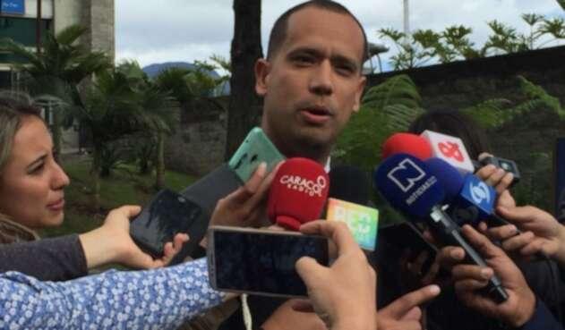 Diego Cadena, abogado de Álvaro Uribe, en la Fiscalía
