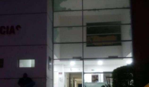 Personas atacan a piedra hospital del municipio de Polo Nuevo