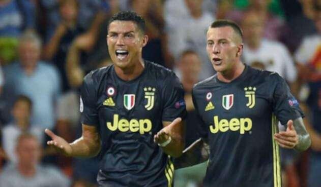 Cristiano Ronaldo expresa su malestar por la roja en la Champions League