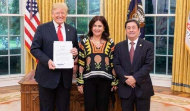 Los nuevos embajadores en EE.UU. de España, Colombia, Chile y Costa Rica presentaron al presidente estadounidense, Donald Trump, las cartas credenciales.