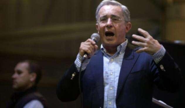 El senador Álvaro Uribe
