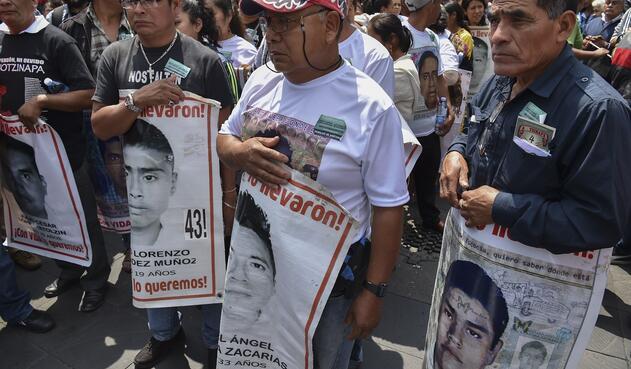 Estudiantes Ayotzinapa