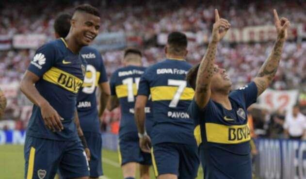 Wilmar Barrios y Edwin Cardona, futbolistas colombianos al servicio de Boca Juniors
