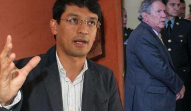 Camilo Romero, gobernador de Nariño y Guillermo Botero, ministro de Defensa