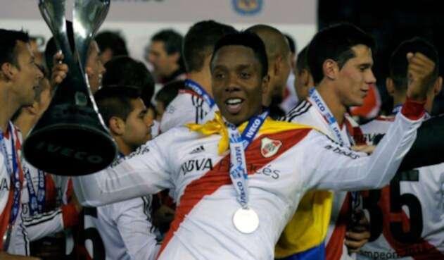 Carlos Carbonero en su época de jugador de River Plate en Argentina
