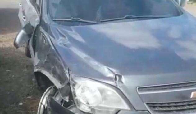 El vehículo que le causó la muerte a una pareja que se movilizaba en motocicleta, en Centro Chía