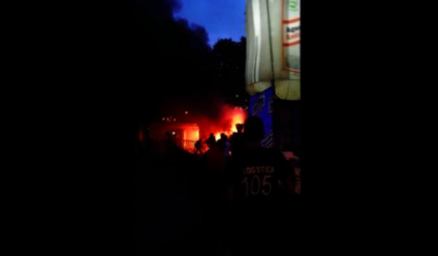 Incendio de carroza en Bucaramanga