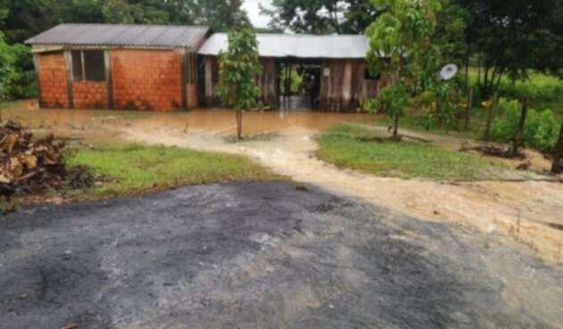 Más de 250 familias resultaron afectadas por el desbordamiento del río Róyota Foto: Luz Aguirre
