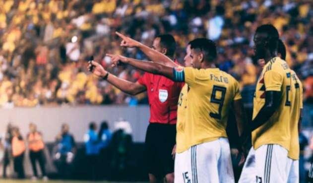 Radamel Falcao durante partido amistoso de Colombia contra Argentina