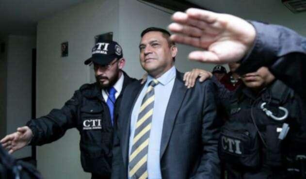 General Humberto Guatibonza, detenido en Bogotá