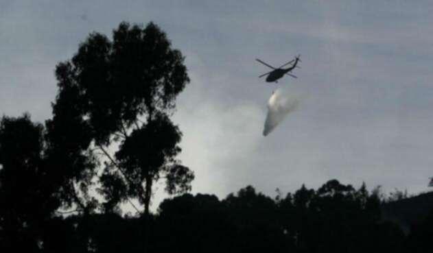 Denuncian ataque desde helicóptero de la Fuerza Pública