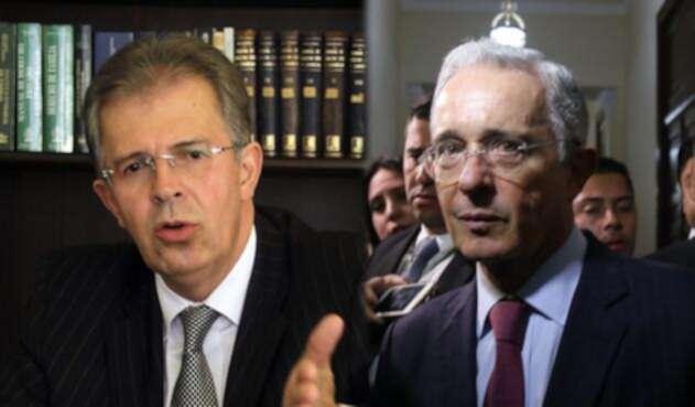 El expresidente de la Corte Suprema, Jaime Arrubla y el senador Álvaro Uribe