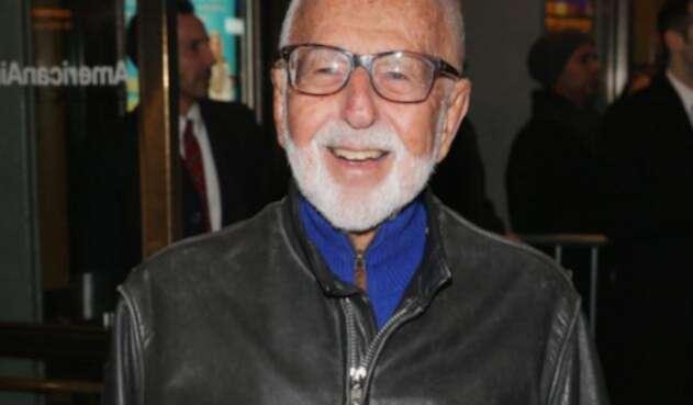 Murió Joe Masteroff, autor del musical 'Cabaret'