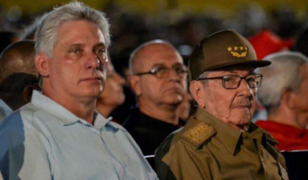 Miguel Díaz presidente de Cuba y Raúl Castro