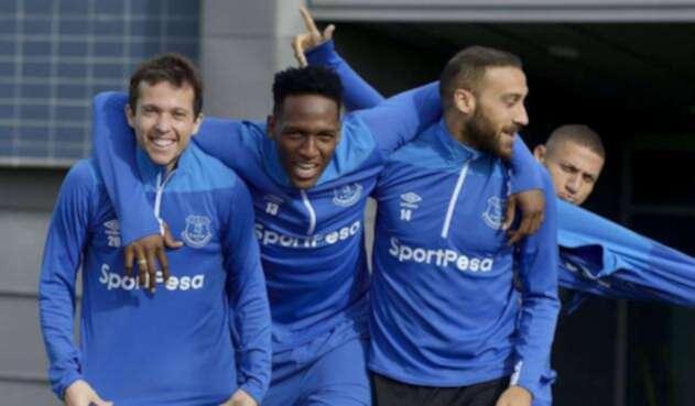 Así se alista Yerry Mina a la espera de su debut con Everton