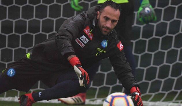 David Ospina, portero del Napoli, en entrenamiento