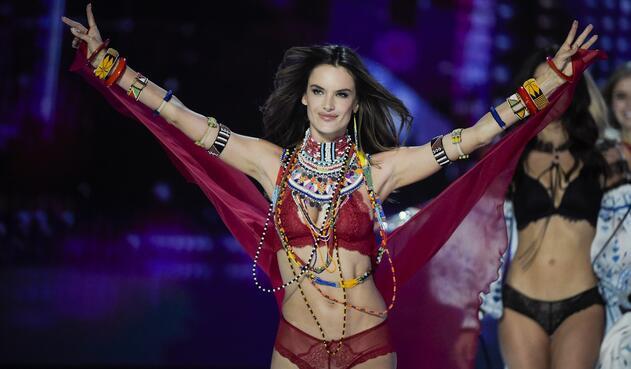 Desfile de Victoria's Secret vuelve a Nueva York