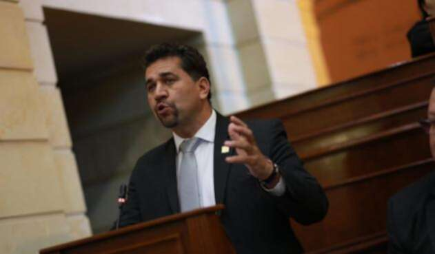 León Fredy Muñoz, citantes del debate sobre Hidroituango