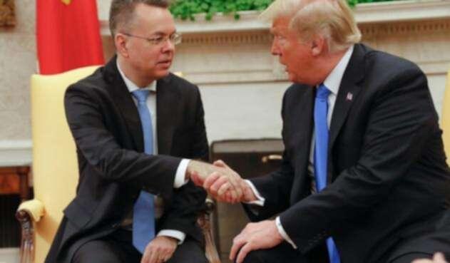 Andrew Burson y el Presidente Donald Trump