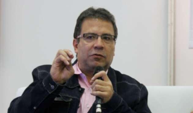 """El cronista Alberto Salcedo habló de la palabra """"hijueputa""""."""