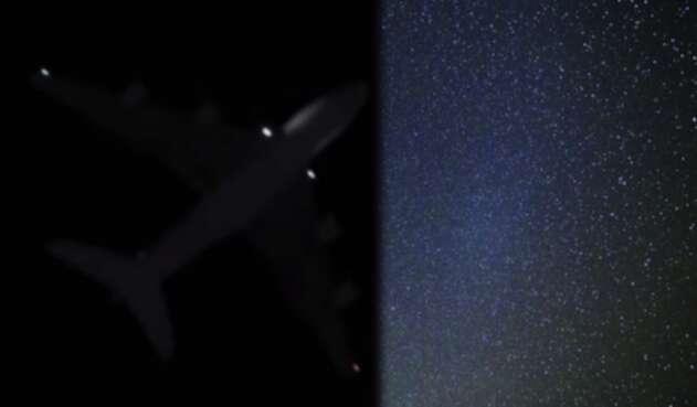 Seis aviones comerciales aseguran haber visto varios ovnis en los cielos chilenos